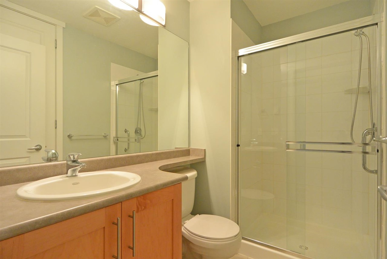 Condo Apartment at 104 4883 MACLURE MEWS, Unit 104, Vancouver West, British Columbia. Image 12