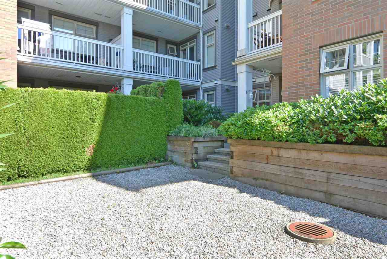 Condo Apartment at 104 4883 MACLURE MEWS, Unit 104, Vancouver West, British Columbia. Image 15