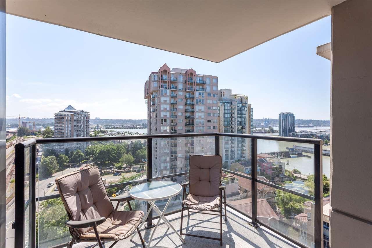 Condo Apartment at 1501 1 RENAISSANCE SQUARE, Unit 1501, New Westminster, British Columbia. Image 3