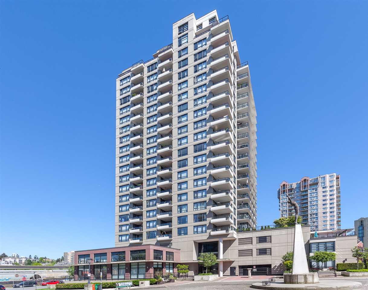 Condo Apartment at 1501 1 RENAISSANCE SQUARE, Unit 1501, New Westminster, British Columbia. Image 20