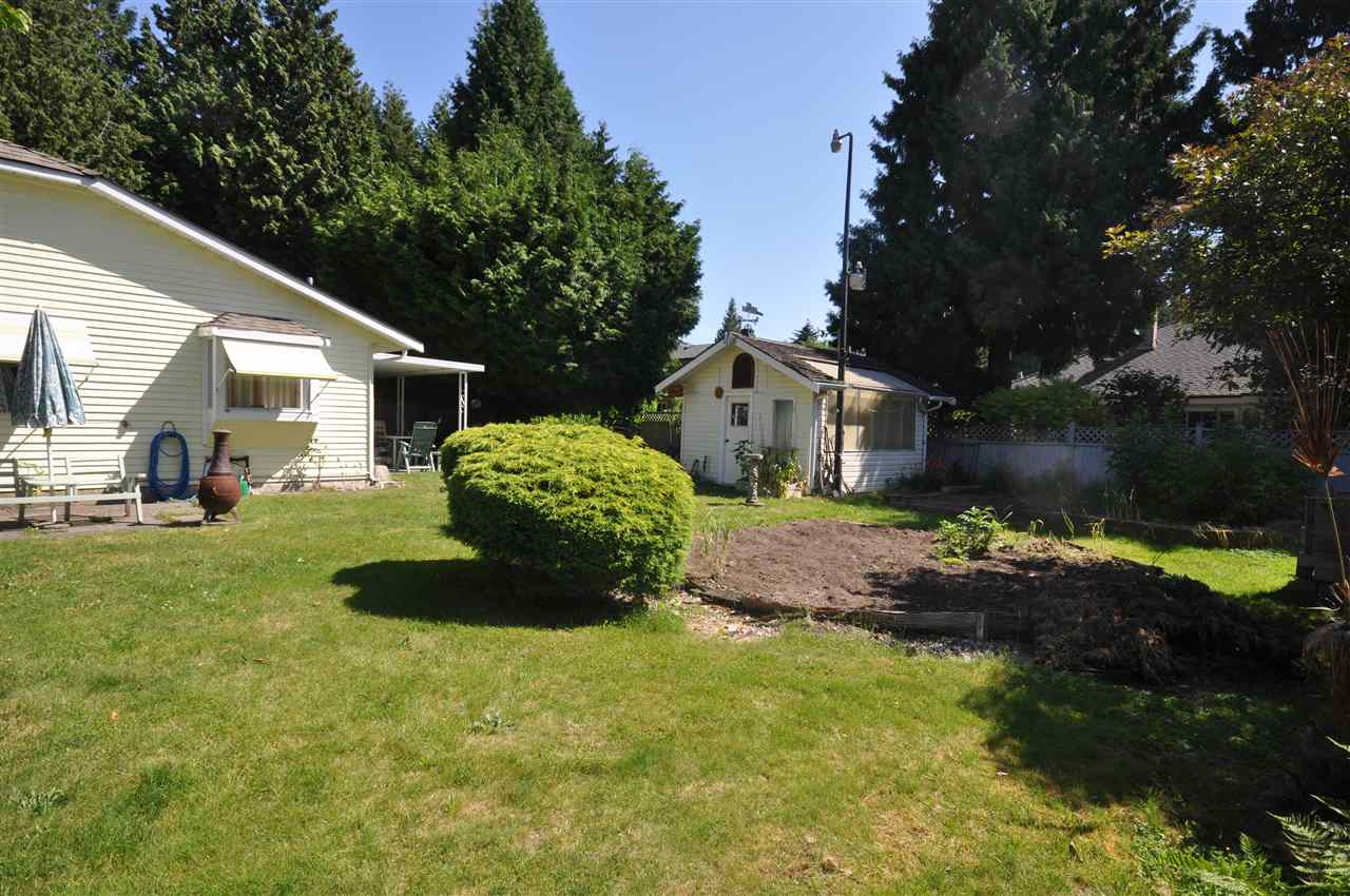 Detached at 1666 138A STREET, South Surrey White Rock, British Columbia. Image 2
