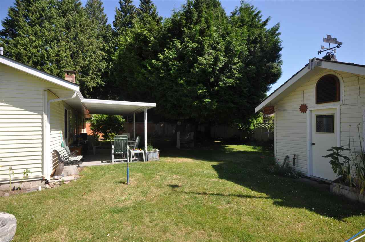 Detached at 1666 138A STREET, South Surrey White Rock, British Columbia. Image 3
