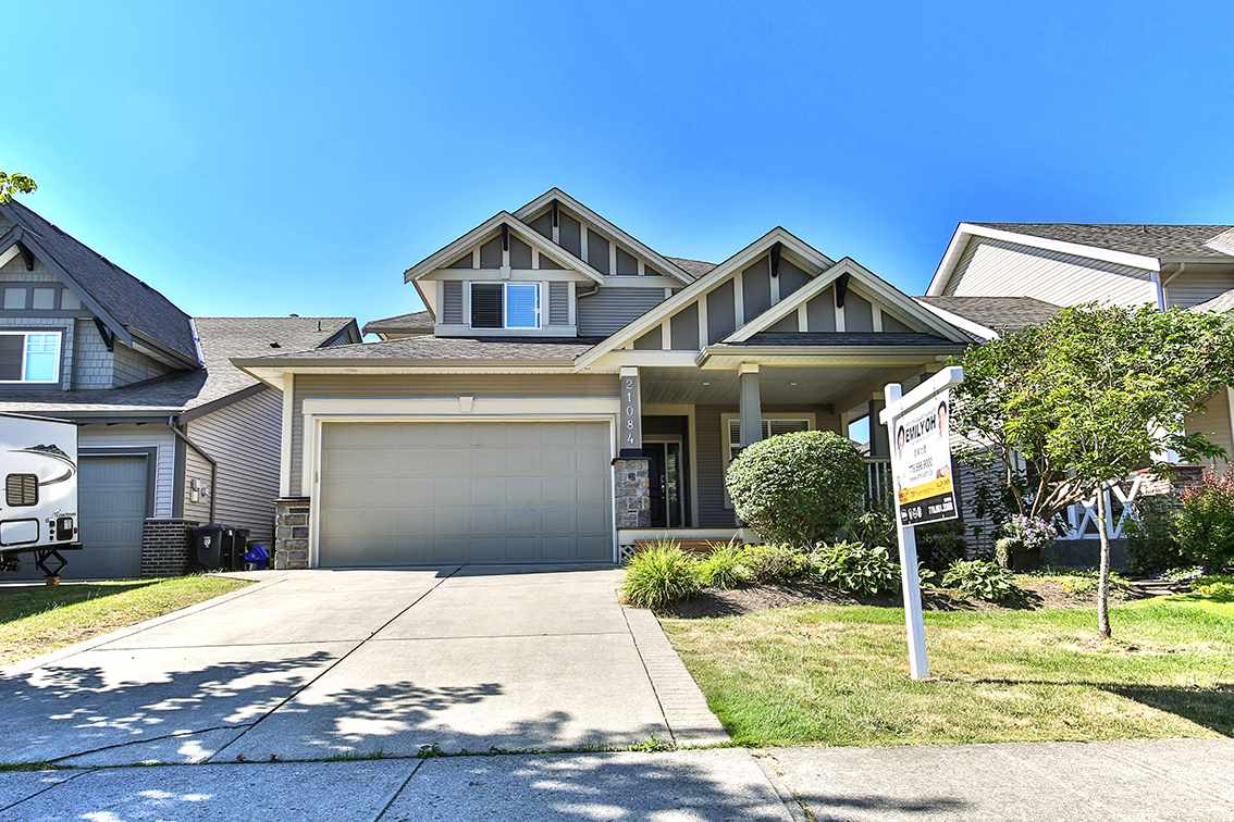 Detached at 21084 83A AVENUE, Langley, British Columbia. Image 1