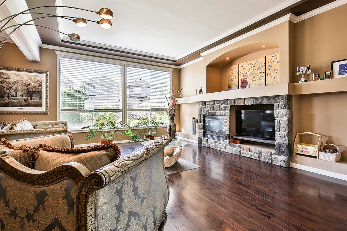 Detached at 21084 83A AVENUE, Langley, British Columbia. Image 3