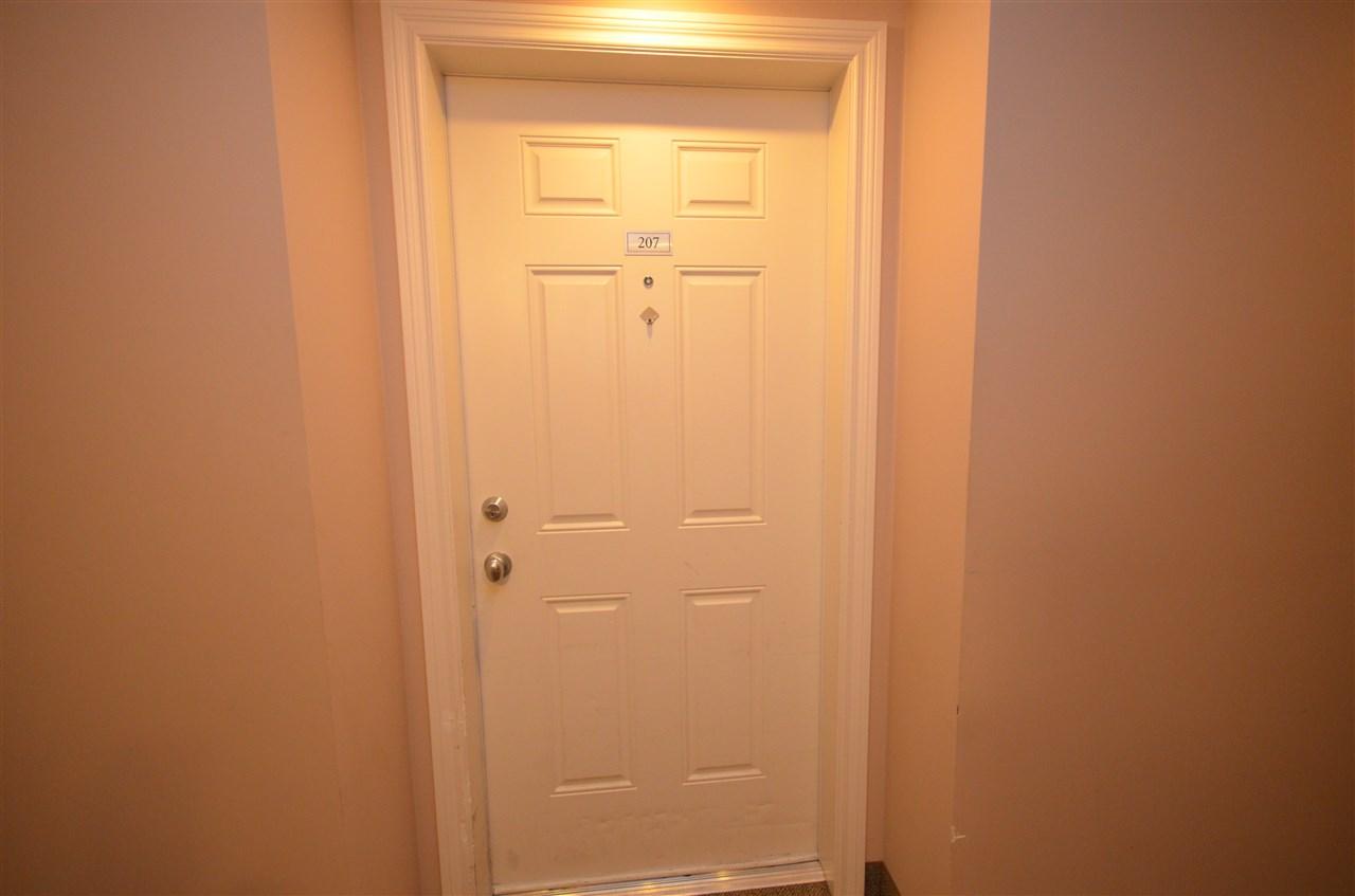 Condo Apartment at 207 32063 MT WADDINGTON AVENUE, Unit 207, Abbotsford, British Columbia. Image 3