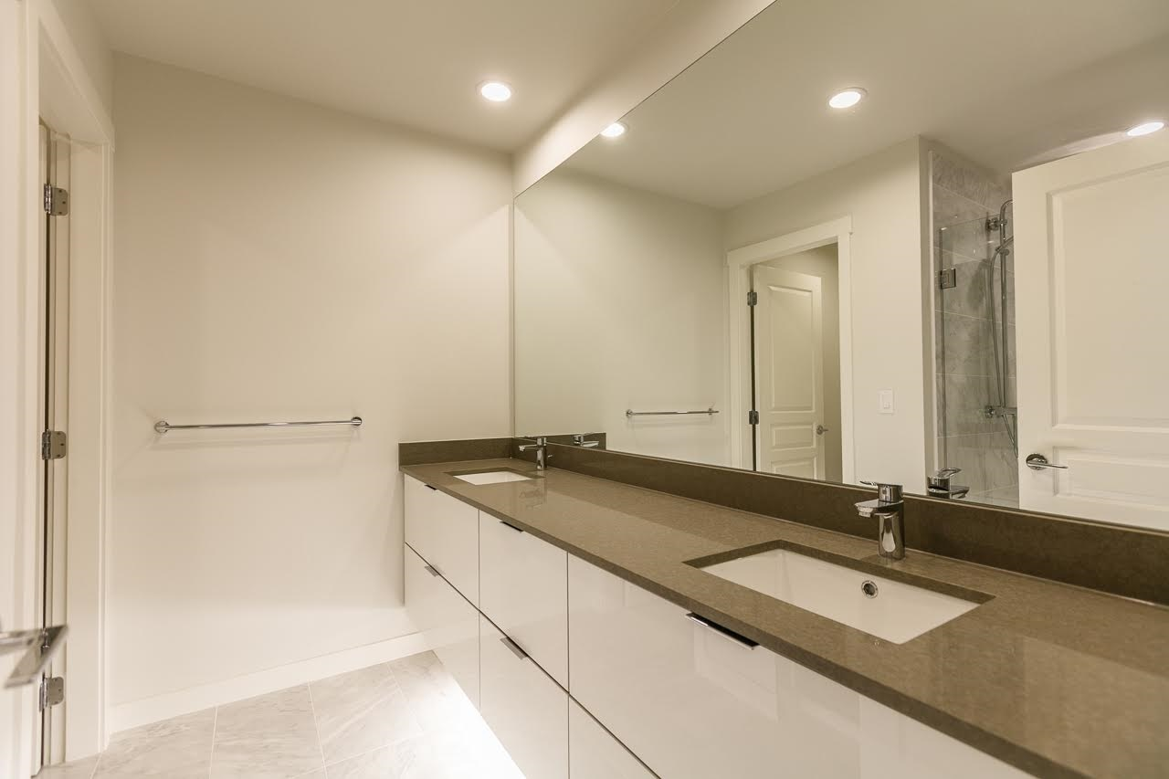 Townhouse at 52 10388 NO. 2 ROAD, Unit 52, Richmond, British Columbia. Image 11