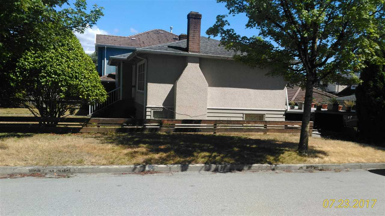 Detached at 2708 E 52ND AVENUE, Vancouver East, British Columbia. Image 3