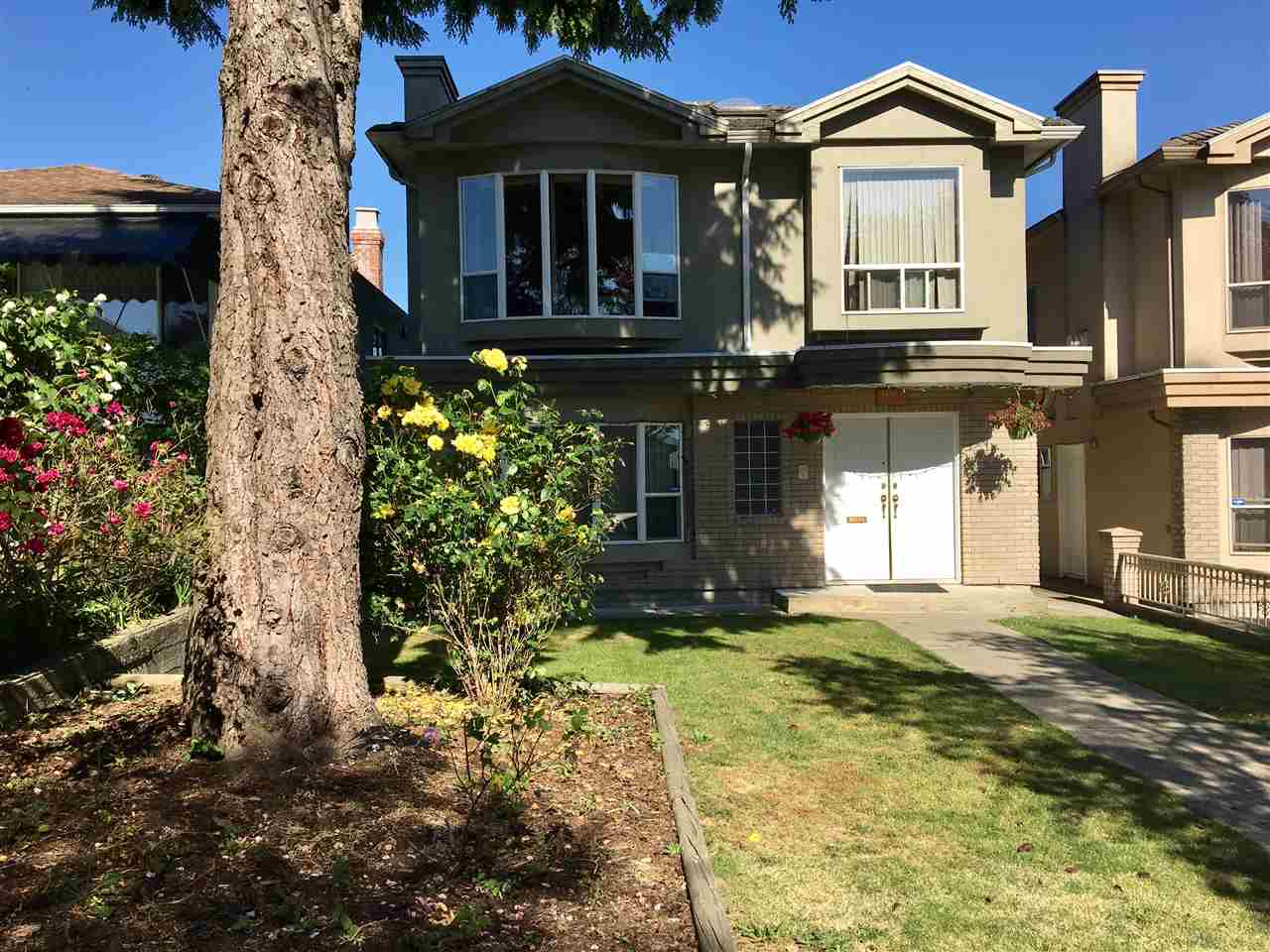 Detached at 7458 INVERNESS STREET, Vancouver East, British Columbia. Image 1