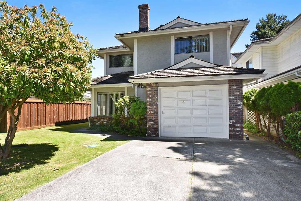 Detached at 5228 TURQUOISE DRIVE, Richmond, British Columbia. Image 2