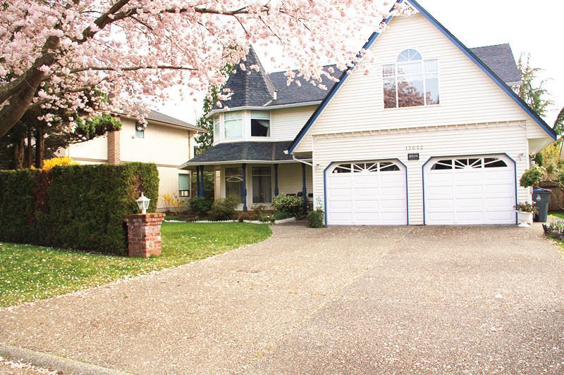 Detached at 13052 19A AVENUE, South Surrey White Rock, British Columbia. Image 1