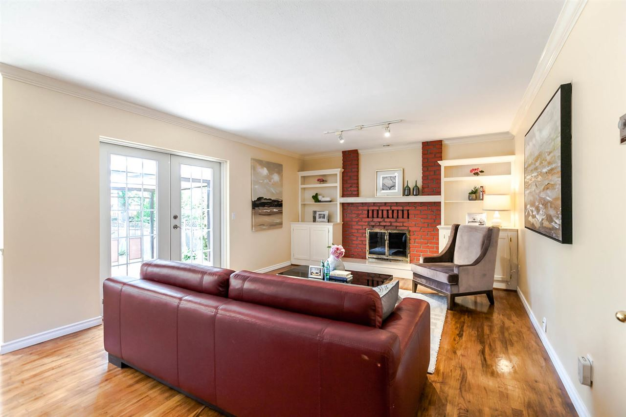 Detached at 13052 19A AVENUE, South Surrey White Rock, British Columbia. Image 16
