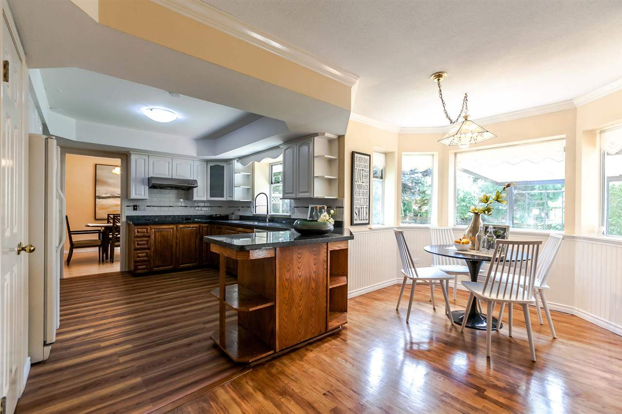 Detached at 13052 19A AVENUE, South Surrey White Rock, British Columbia. Image 20