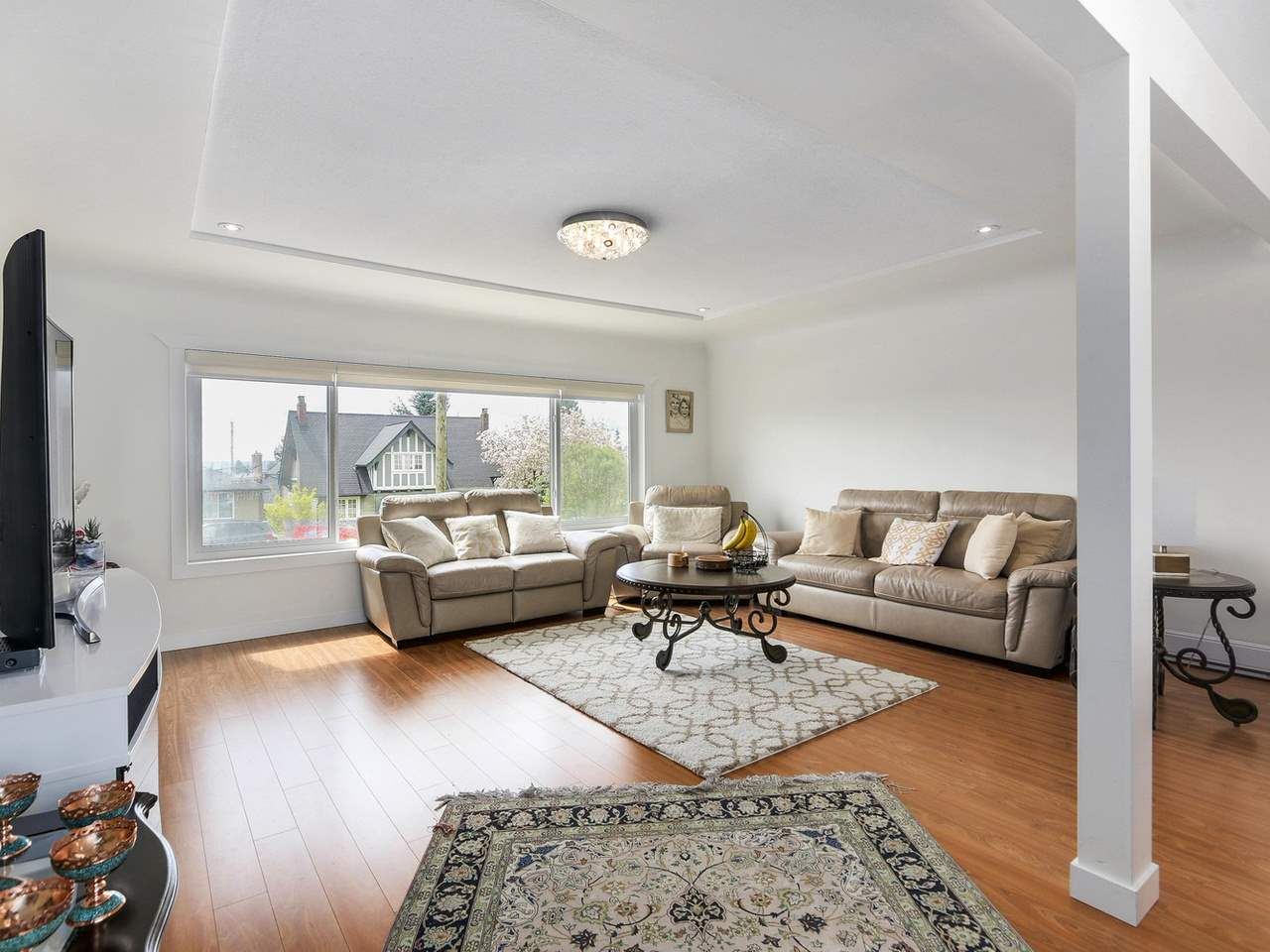 Detached at 522 E 7TH STREET, North Vancouver, British Columbia. Image 5