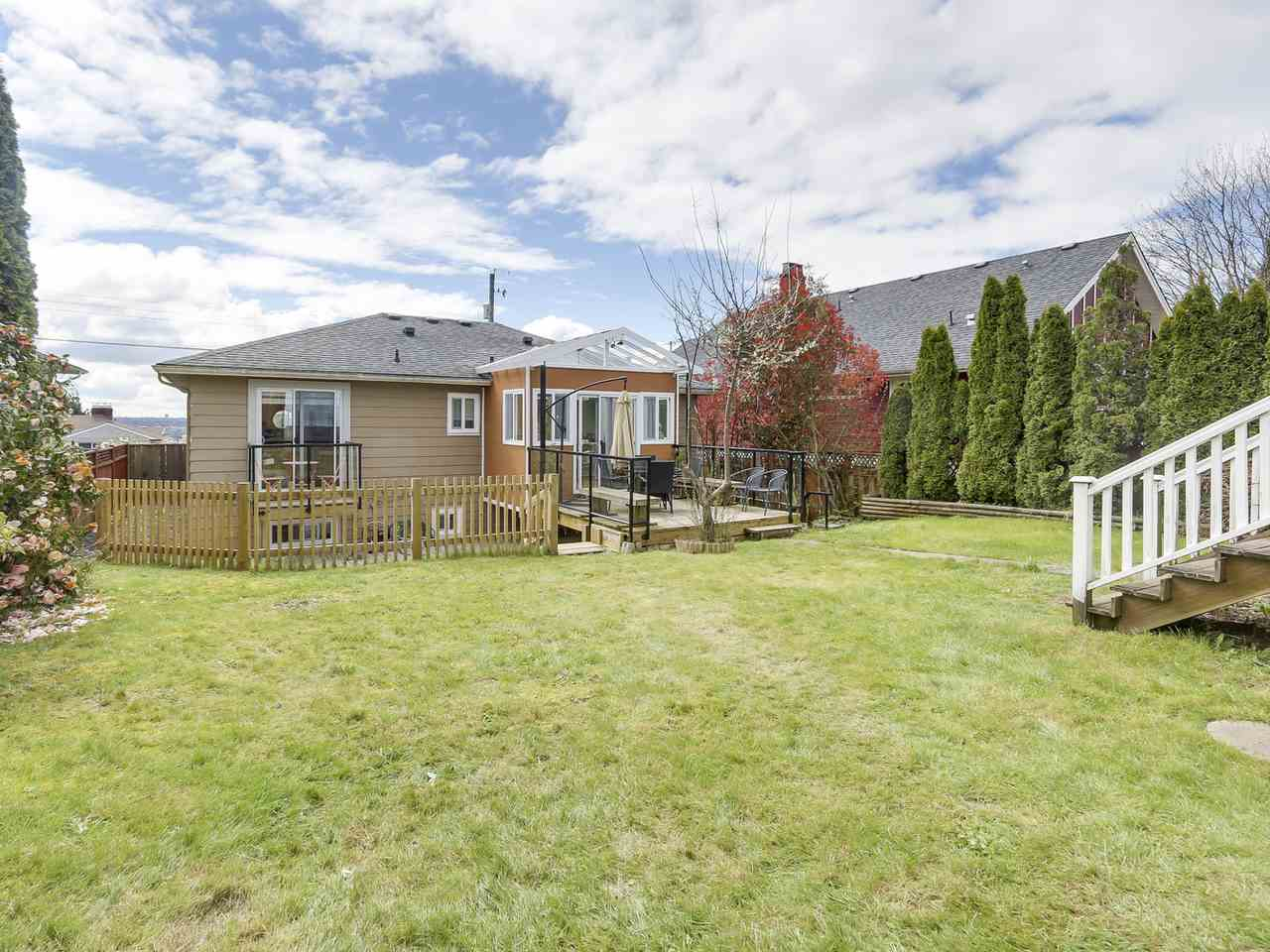 Detached at 522 E 7TH STREET, North Vancouver, British Columbia. Image 16