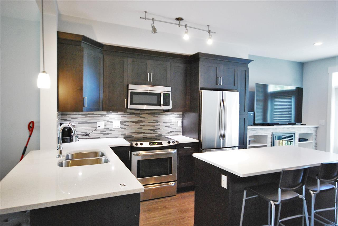 Townhouse at 108 19525 73 AVENUE, Unit 108, Cloverdale, British Columbia. Image 2