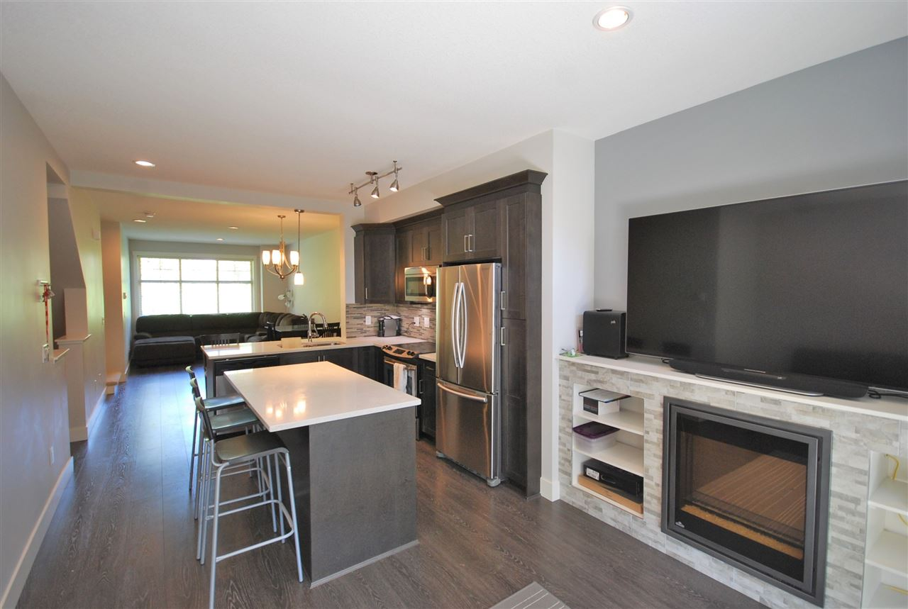 Townhouse at 108 19525 73 AVENUE, Unit 108, Cloverdale, British Columbia. Image 4