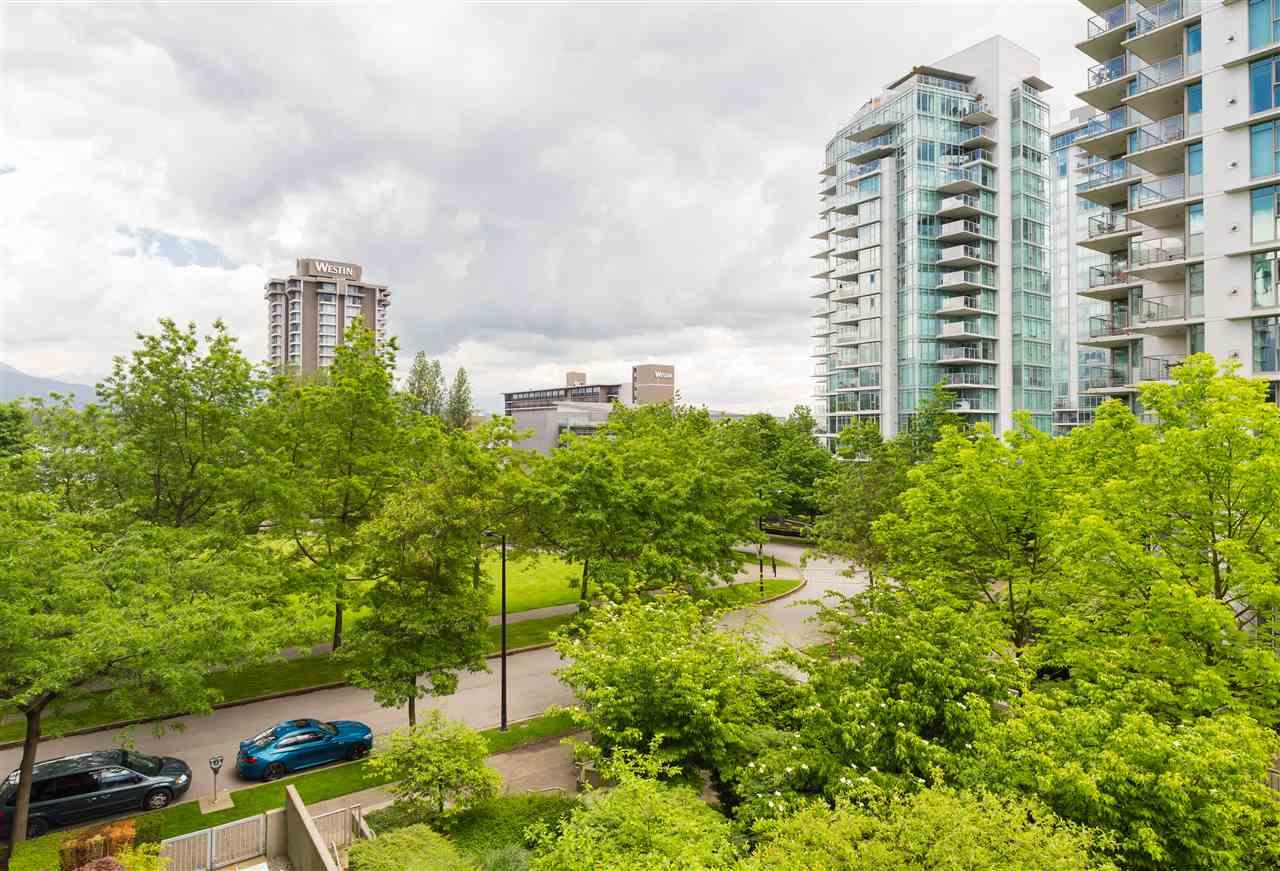 Condo Apartment at 304 1710 BAYSHORE DRIVE, Unit 304, Vancouver West, British Columbia. Image 1