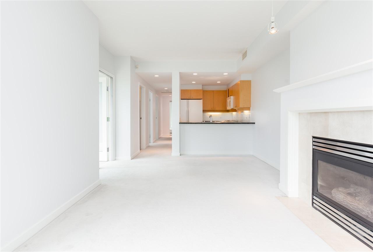 Condo Apartment at 304 1710 BAYSHORE DRIVE, Unit 304, Vancouver West, British Columbia. Image 6