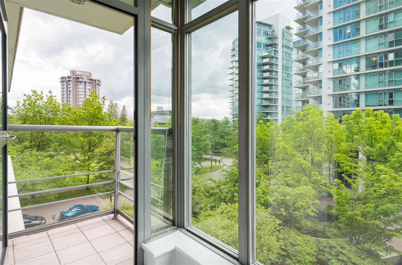 Condo Apartment at 304 1710 BAYSHORE DRIVE, Unit 304, Vancouver West, British Columbia. Image 8