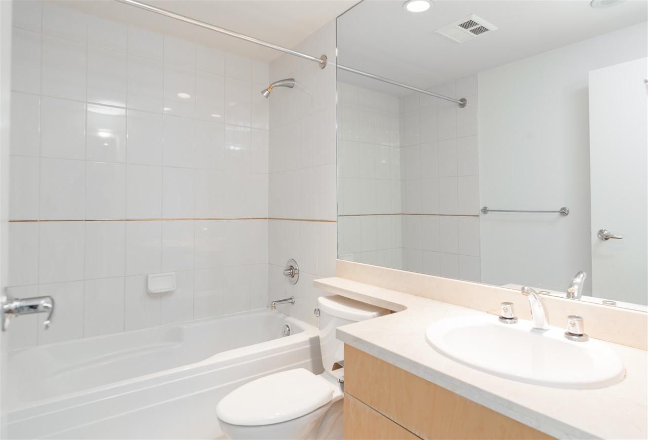 Condo Apartment at 304 1710 BAYSHORE DRIVE, Unit 304, Vancouver West, British Columbia. Image 14