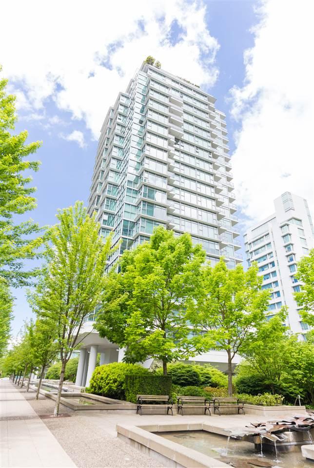 Condo Apartment at 304 1710 BAYSHORE DRIVE, Unit 304, Vancouver West, British Columbia. Image 19
