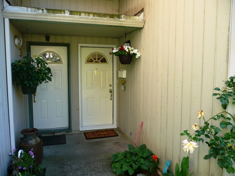 Townhouse at 19 11735 89A AVENUE, Unit 19, N. Delta, British Columbia. Image 1