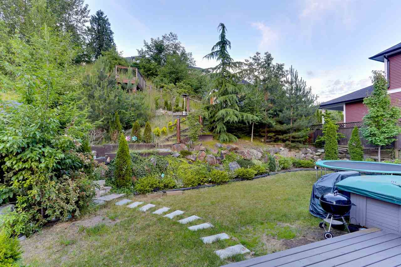 Detached at 35311 MCKINLEY DRIVE, Abbotsford, British Columbia. Image 18