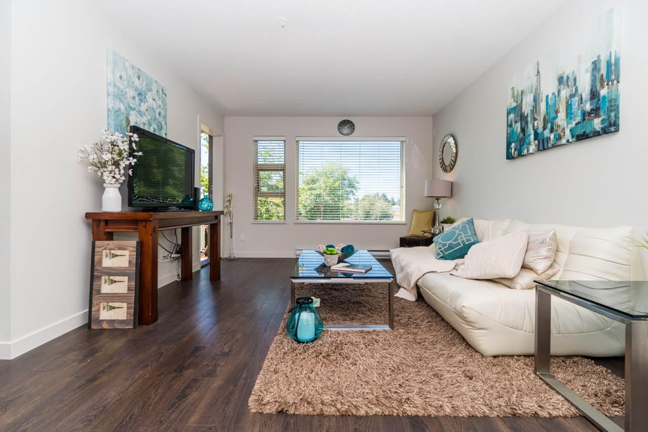 Condo Apartment at 308 1677 LLOYD AVENUE, Unit 308, North Vancouver, British Columbia. Image 3