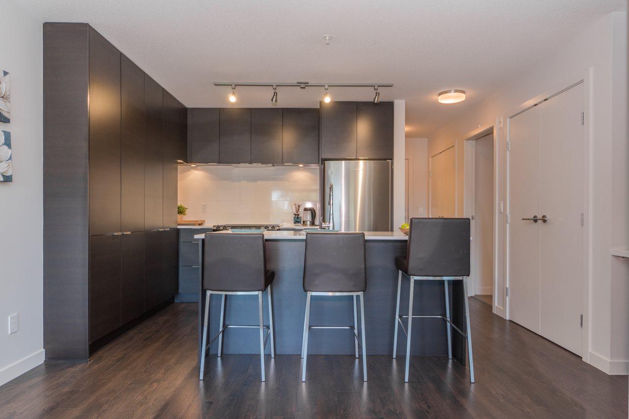 Condo Apartment at 308 1677 LLOYD AVENUE, Unit 308, North Vancouver, British Columbia. Image 6