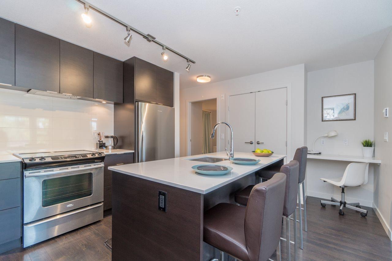 Condo Apartment at 308 1677 LLOYD AVENUE, Unit 308, North Vancouver, British Columbia. Image 8