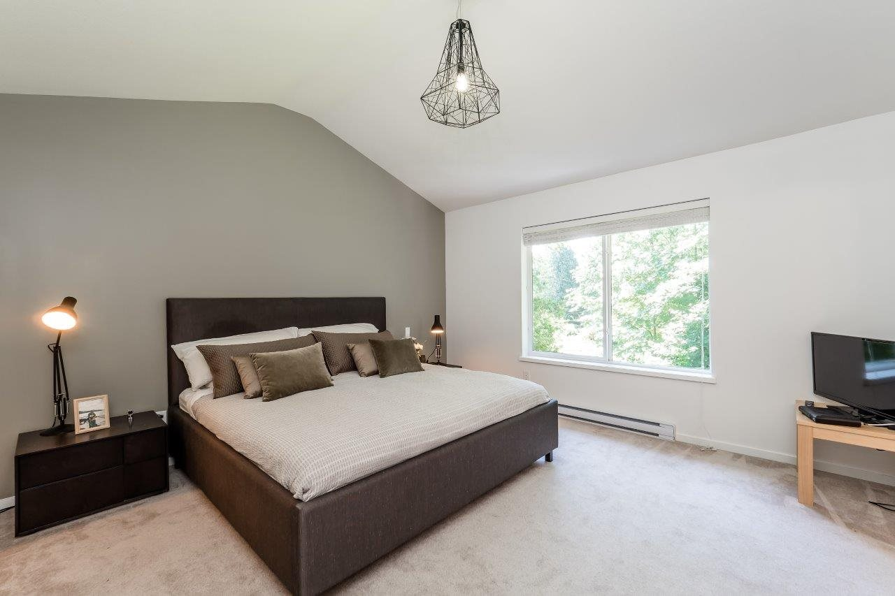 Townhouse at 1 253 171 STREET, Unit 1, South Surrey White Rock, British Columbia. Image 9