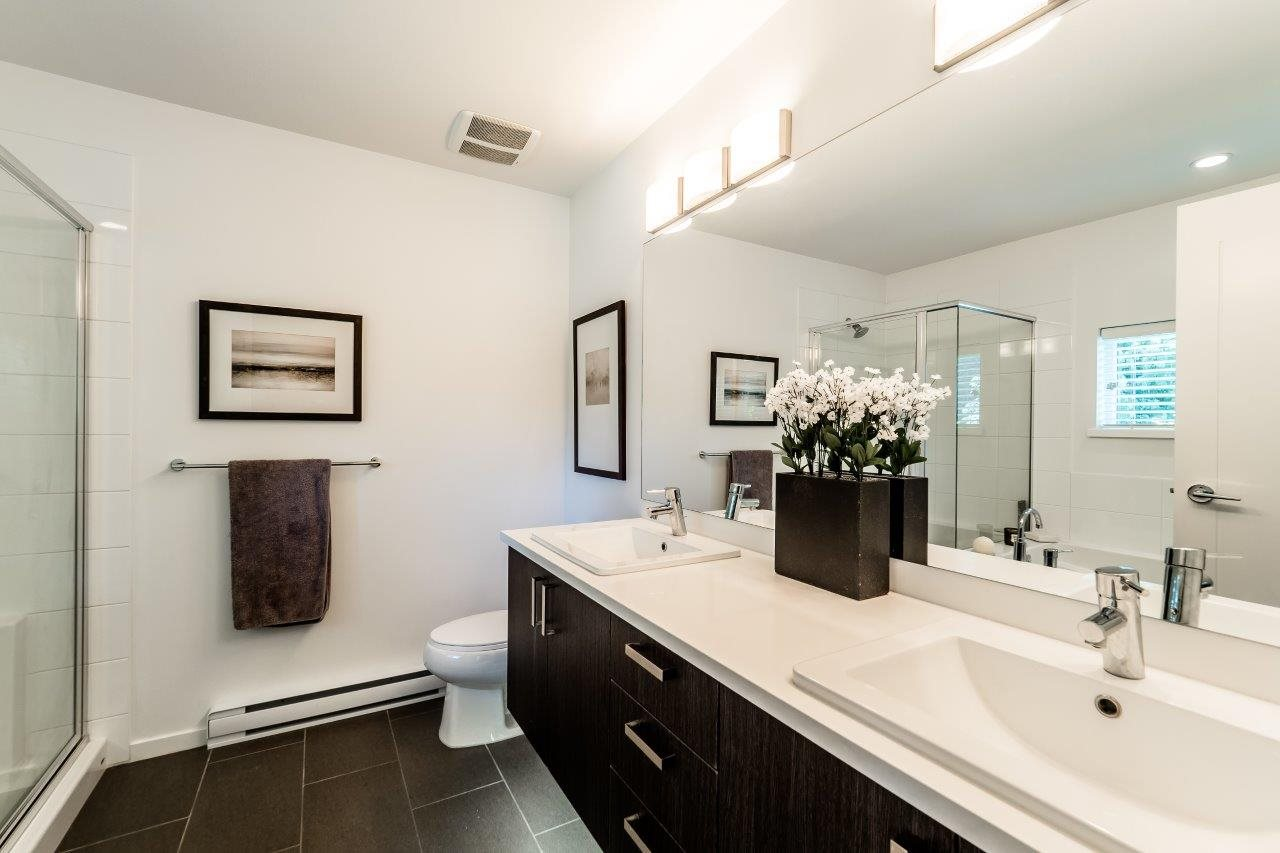 Townhouse at 1 253 171 STREET, Unit 1, South Surrey White Rock, British Columbia. Image 10