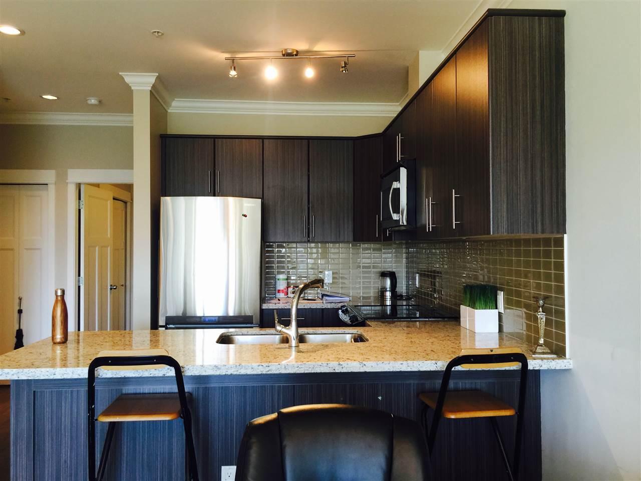 Condo Apartment at 201 6888 ROYAL OAK AVENUE, Unit 201, Burnaby South, British Columbia. Image 6