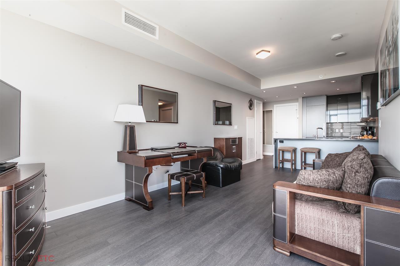 Condo Apartment at 3601 4508 HAZEL STREET, Unit 3601, Burnaby South, British Columbia. Image 6