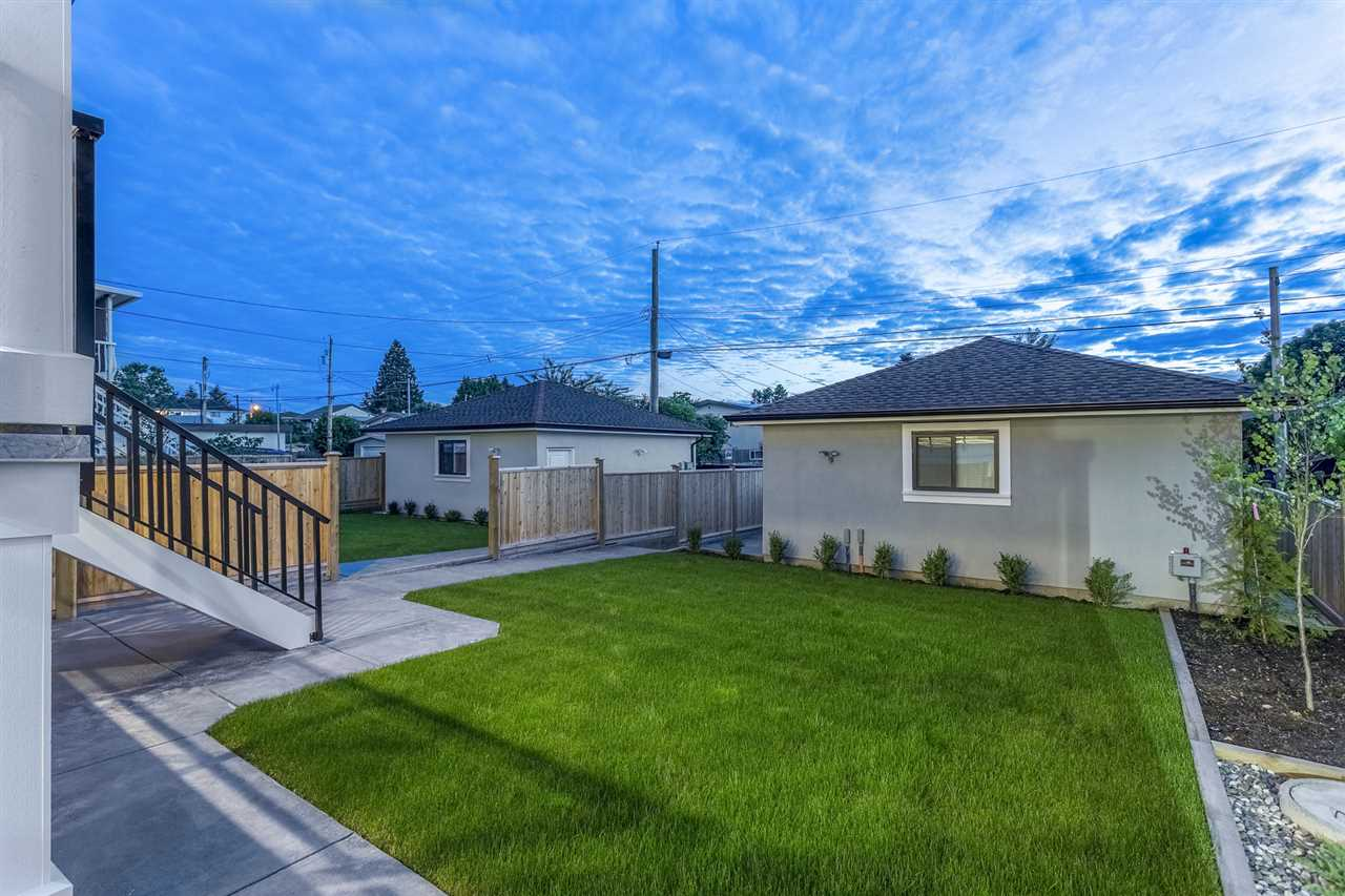 Detached at 6681 BRANTFORD AVENUE, Burnaby South, British Columbia. Image 19