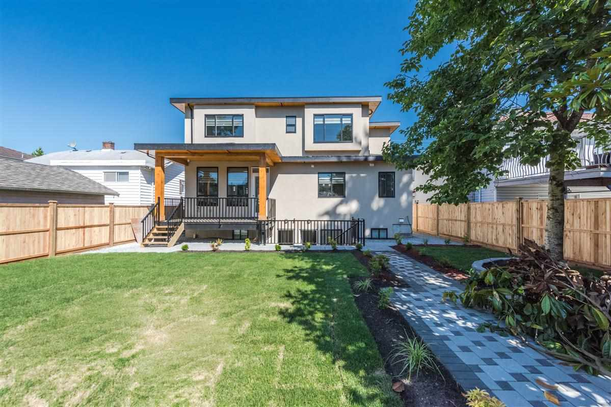 Detached at 7838 16TH AVENUE, Burnaby East, British Columbia. Image 11