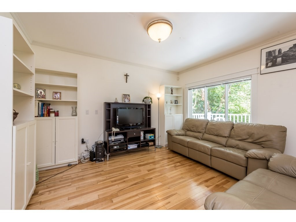 Detached at 7708 MCGREGOR AVENUE, Burnaby South, British Columbia. Image 3