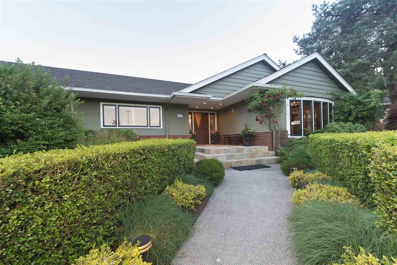 Detached at 110 COLLEGE COURT, New Westminster, British Columbia. Image 1