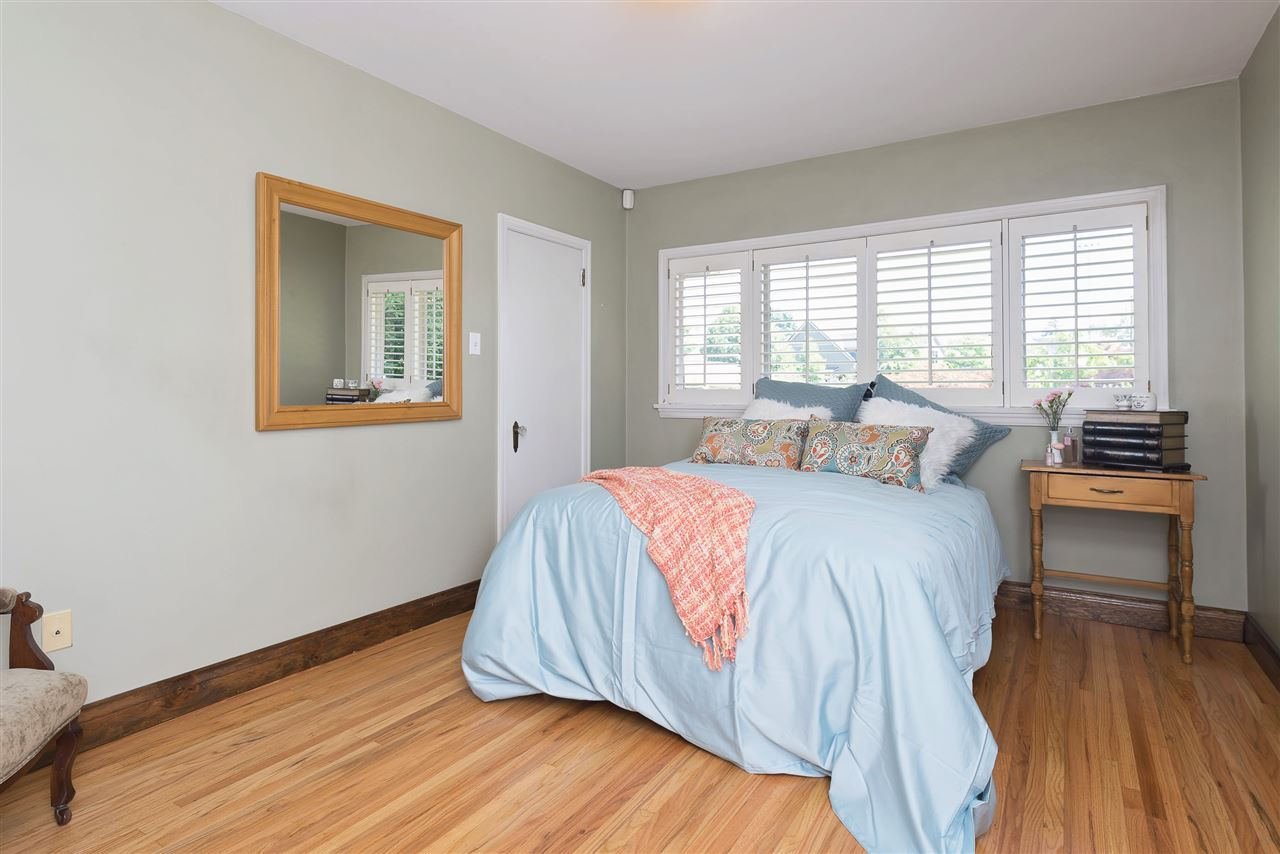 Detached at 110 COLLEGE COURT, New Westminster, British Columbia. Image 15