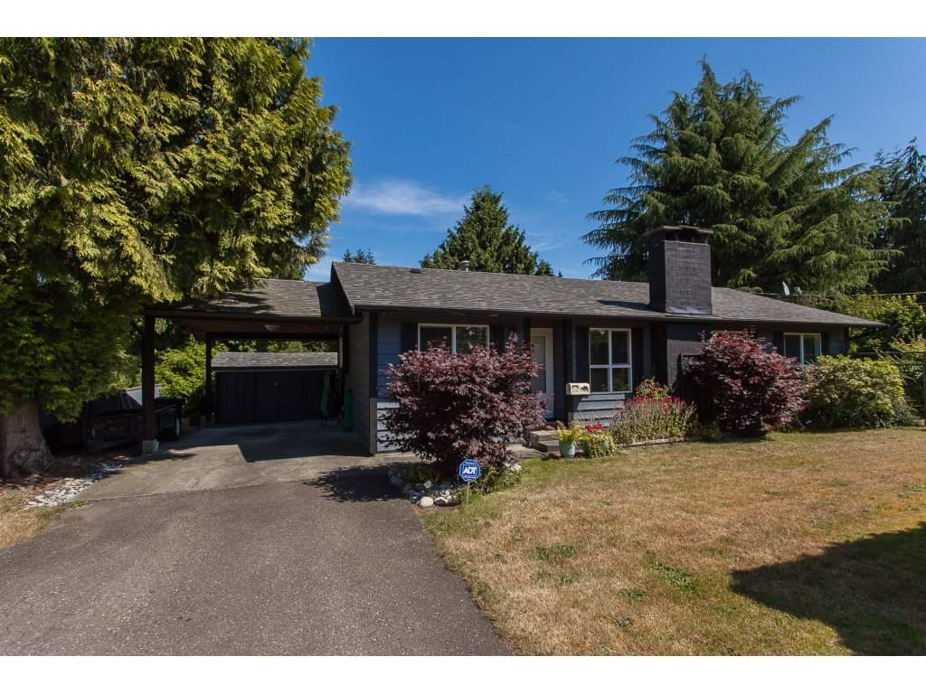 Detached at 20289 36 AVENUE, Langley, British Columbia. Image 2