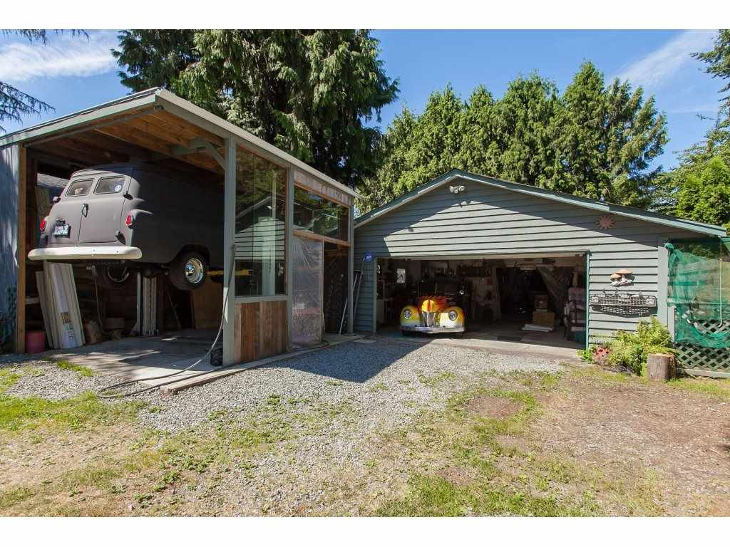 Detached at 20289 36 AVENUE, Langley, British Columbia. Image 8