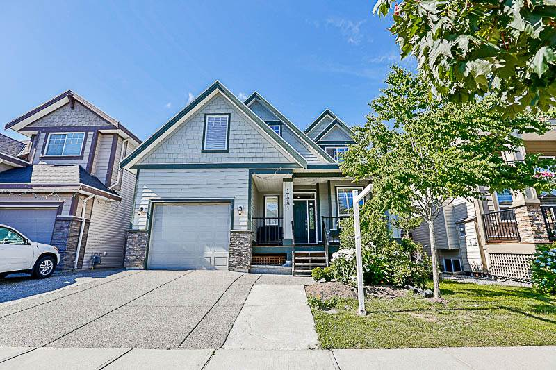 Detached at 17281 64A AVENUE, Cloverdale, British Columbia. Image 1