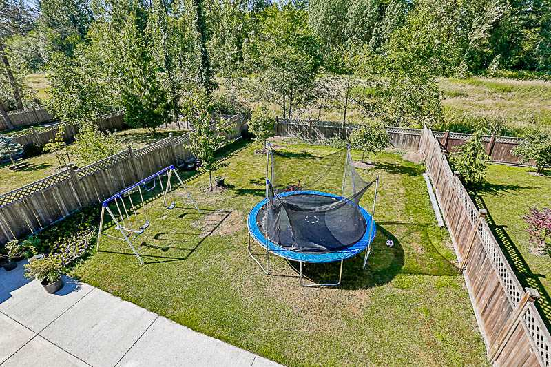 Detached at 17281 64A AVENUE, Cloverdale, British Columbia. Image 10