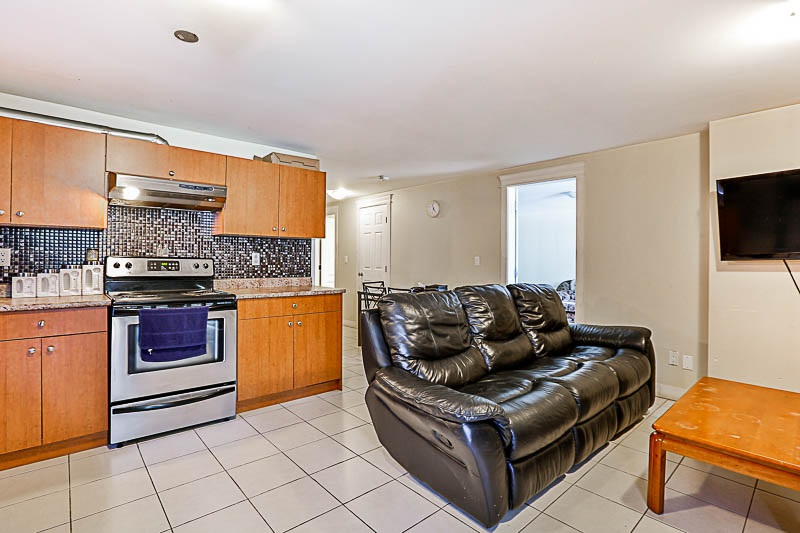 Detached at 17281 64A AVENUE, Cloverdale, British Columbia. Image 16