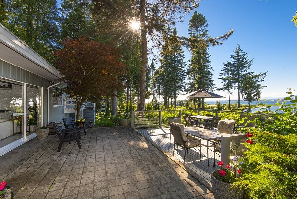 Detached at 12711 BECKETT ROAD, South Surrey White Rock, British Columbia. Image 14