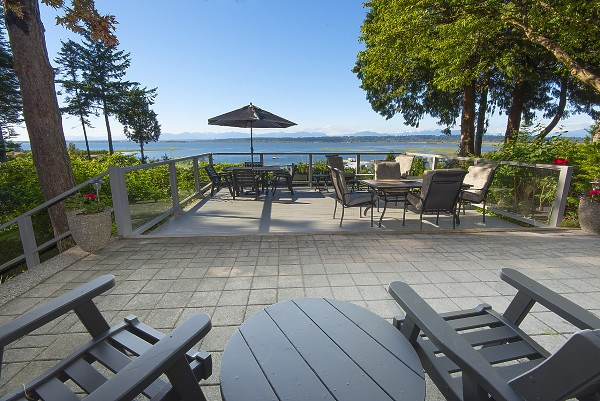 Detached at 12711 BECKETT ROAD, South Surrey White Rock, British Columbia. Image 15