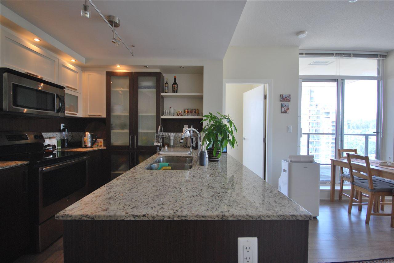 Condo Apartment at 2801 2980 ATLANTIC AVENUE, Unit 2801, Coquitlam, British Columbia. Image 6