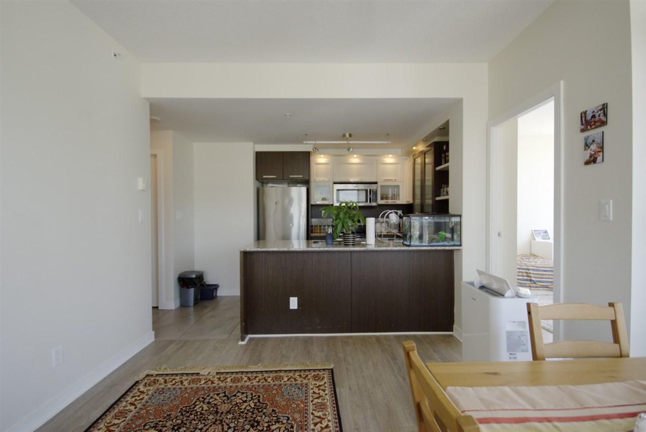 Condo Apartment at 2801 2980 ATLANTIC AVENUE, Unit 2801, Coquitlam, British Columbia. Image 8