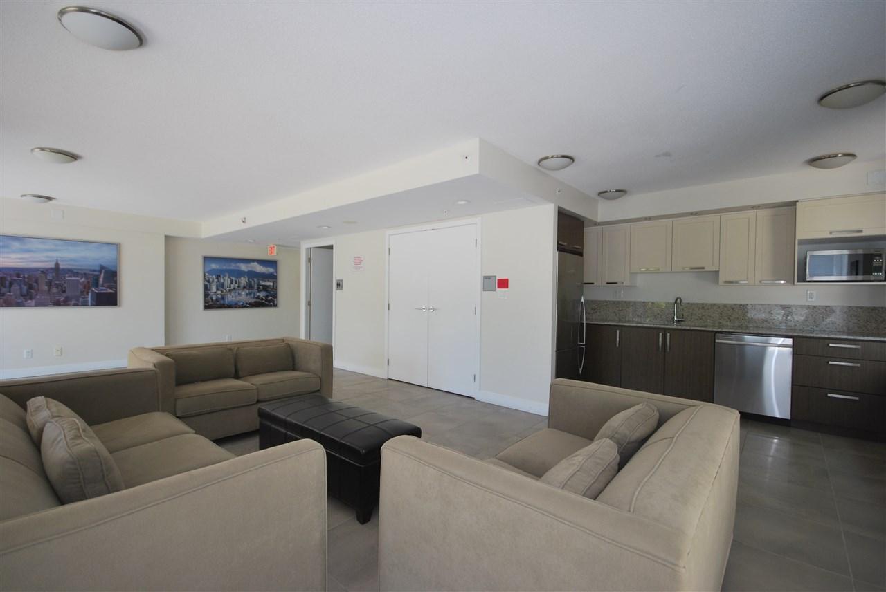 Condo Apartment at 2801 2980 ATLANTIC AVENUE, Unit 2801, Coquitlam, British Columbia. Image 19