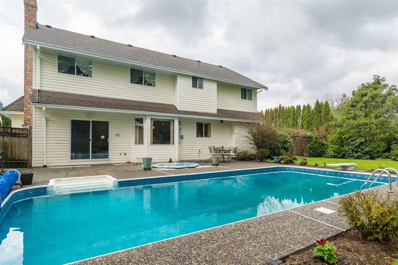 Detached at 4180 213 STREET, Langley, British Columbia. Image 2